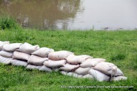 Sandbags protecting the Surrender House with the Cumberland River within 20 feet.
