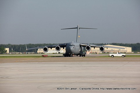 The plane carrying Maj. Gen Campbell shortly after it touched down at Fort Campbell Army Air Field