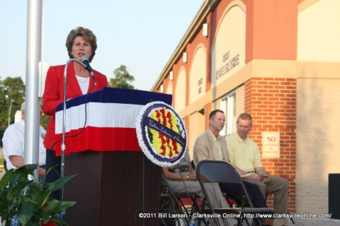 Clarksville Mayor Kim McMillan addressing the crowd
