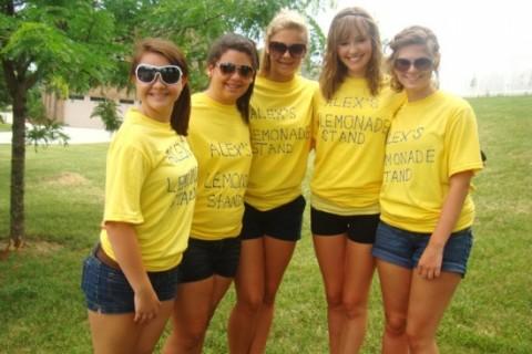Cate, Nichole, Autumn, Breanna, & Caroline at the lemonade stand in 2010
