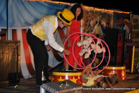 The Kent Family Circus performing at the fair
