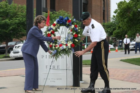 Clarksville Mayor Kim McMillan and Brig. Gen. Jeffery N. Colt, Deputy Commanding General of the 101st Airborne Division place a wreath at the Eternal Flame as part of the Warrior Week observances.