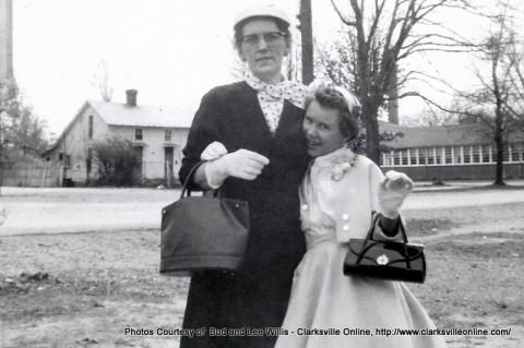 Margaret with daughter Linda Gail
