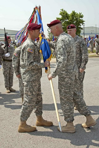 Command Sgt. Maj. Gregory Chambers (left) and Col. John Thompson (right), commander of the 160th Special Operations Aviation Regiment (Airborne). (160th Special Operations Aviation Regiment courtesy photo.)