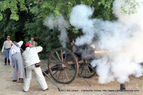 Porters Battery fires off a canon during Lighting Up the Cumberland