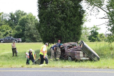 Emergency Responders working a single vehicle accident on I-24 (Jim Knoll)