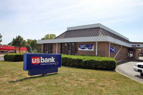 U.S. Bank on Fort Campbell Boulevard.