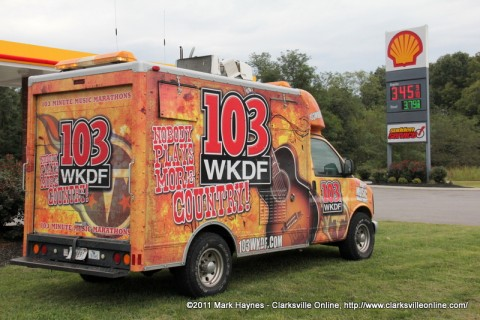 Nashville's 103 WKDF was in Clarksville at the Sudden Service on Highway 48/13