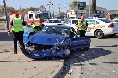 Car Accident on Riverside Drive. (Photo by Jim Knoll-CPD)