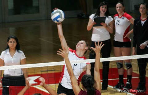 Junior Nikki Doyle led the Lady Govs with 15 kills – six in the third set – in Austin Peay's three-set win against Murray State, Saturday. APSU Volleyball. (Courtesy: Keith Dorris/Dorris Photography)