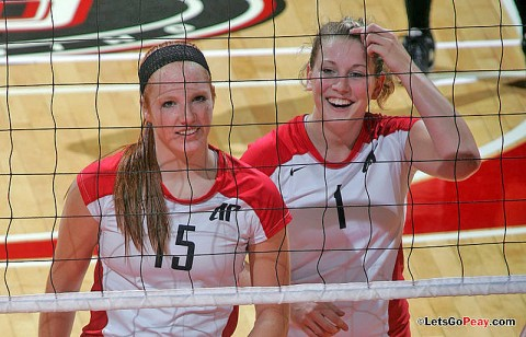Freshmen Hillary Plybon (left) and Cami Fields (right) have been impact players for the Lady Govs volleyball team this season. APSU Volleyball. (Courtesy: Keith Dorris/Dorris Photography)