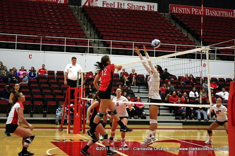 Lauren Henderson knocks down a kill Saturday afternoon vs. Jacksonville State.