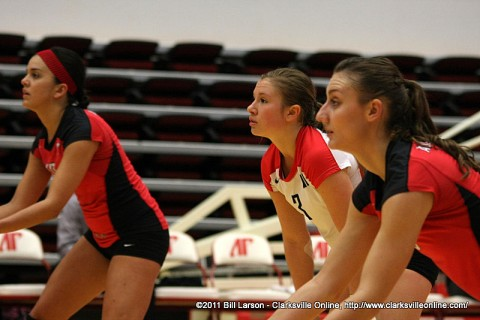 (L to R) Ilyanna Hernandez, Paige Economos and Nikki Doyle ready for the Jacksonville State serve during Saturday afternoons contest. Lady Govs went on to win in four sets.