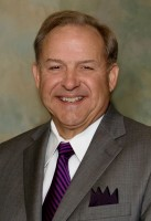 Ed Sneed, Jr.