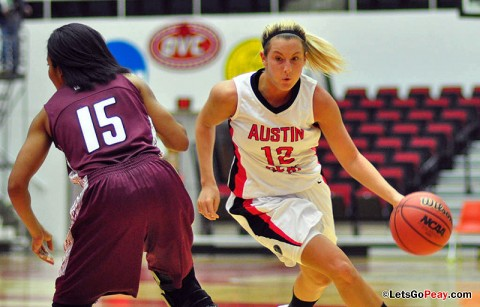 Senior Whitney Hanley scored a career-best 28 points in Austin Peay's season-opening victory against Southern Illinois, Friday. Austin Peay Basketball. (Courtesy: Cidnie Sydney-Brewington/APSU)
