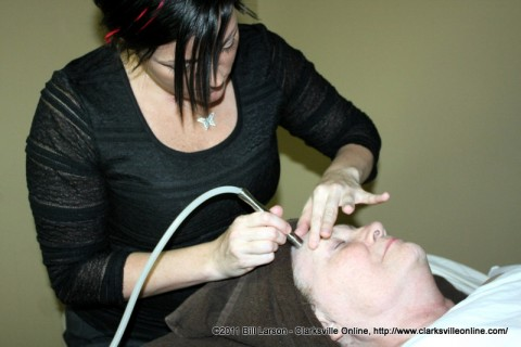 Sue Culverhouse undergoing the microdermabrasion proceedure