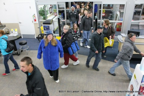 Shoppers spread out as they enter Best Buy during the 2011 Black Friday Shopping Extravaganza