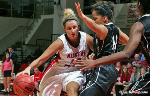 Senior Whitney Hanley led all scorers with 23 points, Tuesday night at Middle Tennessee. Austin Peay Basketball. (Courtesy: Keith Dorris/Dorris Photography)