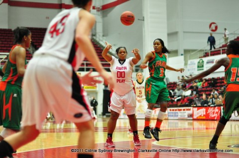Jasmine Rayner passes the ball to Meghan Bussabarger during the Lady Govs loss to Florida A&M Tuesday night. Bussabarger scored her season's first double-double, a career high 21 points and 11 rebounds.