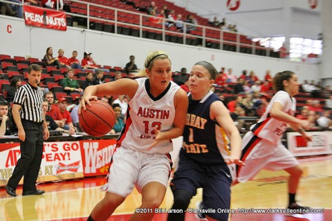 Whitney Hanley drives to the rim Saturday afternoon againest Murray State. Hanley led all scorers with 26 points.