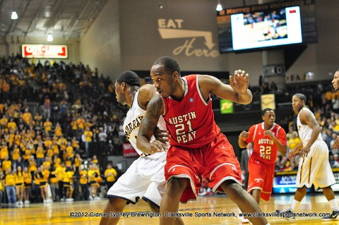 John Fraley posts up under the rim against Murray State. Fraley ended the night with 13 points and 8 rebounds. Austin Peay Men's Basketball.
