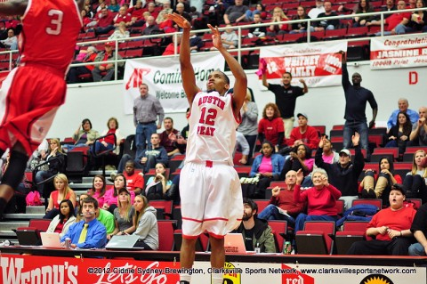 TyShwan Edmondson connects on a three from the corner Saturday night to help propel the Austin Peay Governors past the Youngstown State Penguins 71-68. Edmondson led the Govs in scoring with 23 points. Austin Peay Men's Basketball.