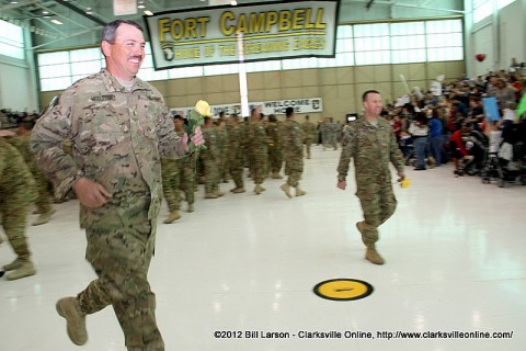 Soldiers rush to their families after being dismissed for 20 minutes of family time