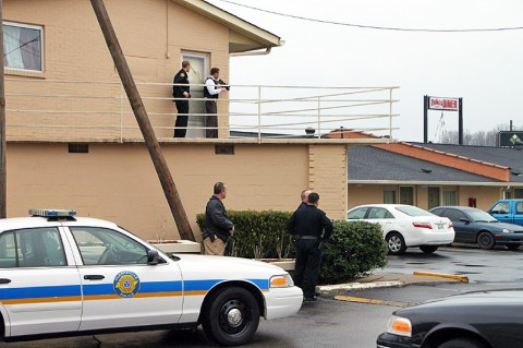 Clarksville Police surround the Mid-Towner Motel. (Photo by CPD-Jim Knoll)