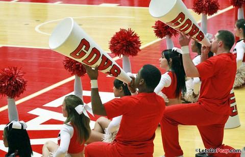 Austin Peay Cheerleading Squad. (Courtesy: Brittney Sparn/APSU Sports Information)