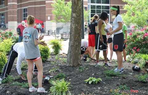 Austin Peay Lady Govs Basketball players participate in Plant the Campus Red Wednesday. (Courtesy: Austin Peay Sports Information)