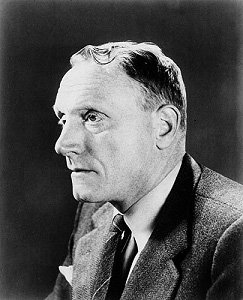 a literary analysis of all the kings men by robert penn warren Robert penn warren took the title, all the king's men, from the famous nursery rhyme humpty dumpty, featuring the egg who falls off a wall, gets broken, and can't be put back together.