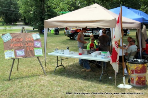 Boy Scout Troop 546 sold Funnel Cakes at the 2011 Lone Oak Picnic to raise money to replace their stolen trailer. The trailer was stolen just three weeks prior to the picnic.