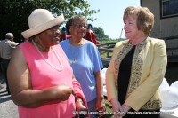 Delinia Storr talking with Montgomery County Mayor Carolyn Bowers