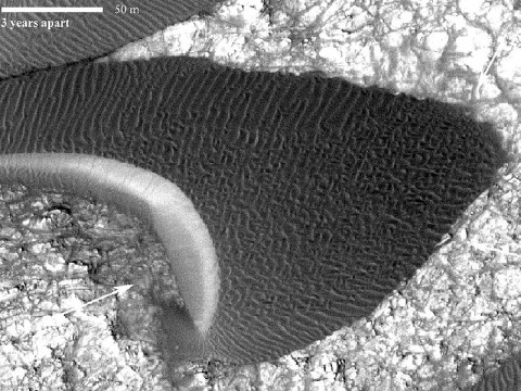 This is a picture of a sand dune on Mars. A study of images shows that Martian sand dunes have a movement similar to that of dunes in Antarctica on Earth. (Image credit: NASA/JPL-Caltech/Univ. of Arizona/JHU-APL)