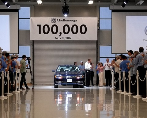 Joanne Benante accepting keys to the 100,000th Passat from Volkswagen Chattanooga CEO and Chairman Frank Fischer