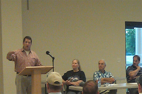 Mark Green speaks at the Stewart County Visitors Center.