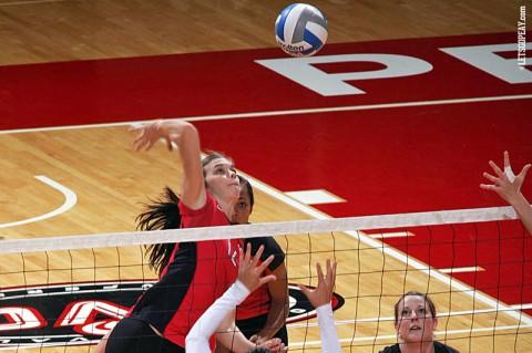 Austin Peay Women's Volleyball. (Courtesy: Keith Dorris/Dorris Photography)
