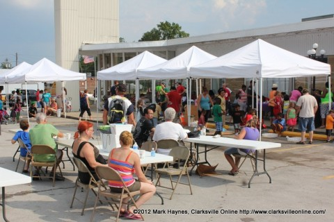 Manna Cafe Ministries Block Party.