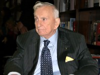 Author Gore Vidal