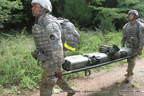 Soldiers participate in the mystery event during the Toughest Air Assault Soldier Competition