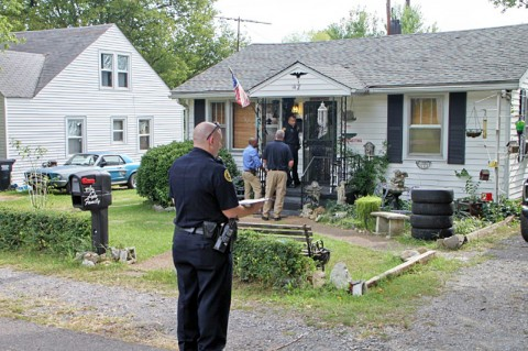 Clarksville Police investigaing the shooting at a residence on Riverview Drive. (Photo by CPD Jim Knoll)