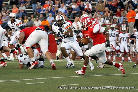 Austin Peay's Terrence Oliver rushed for 68 yards Saturday night against the UT Martin Skyhawks. The Governors had 175 rushing yards total on the night.