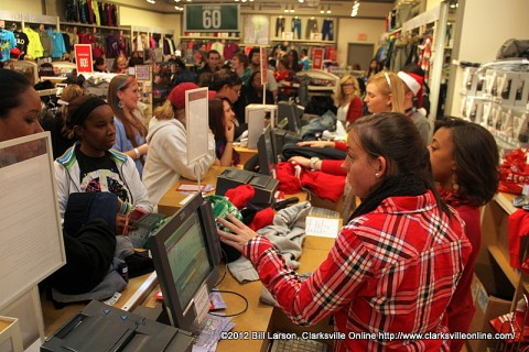 Black Friday Shoppers at Governors Square Mall
