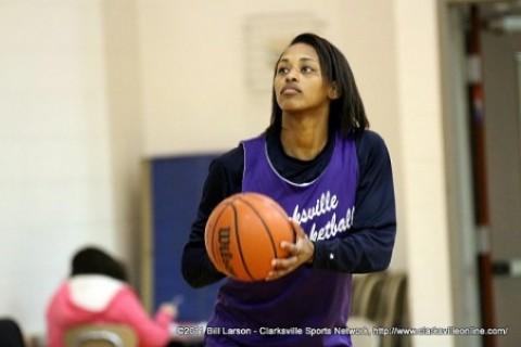 Clarksville High alumni Bashaara Graves