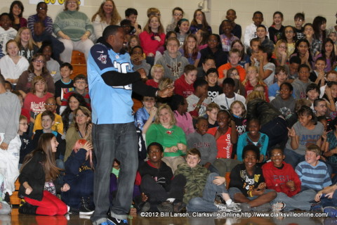 Jordan Babineaux speaking with the students of Northeast Middle School.