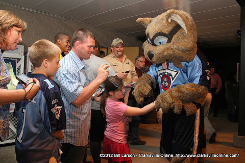 Tennessee Titans T-Rac was with the Titans Caravan when it rolled into Clarksville April 30th, 2012. T-Rac was by throngs of fans at the Kroger at 1489 Madison Street.