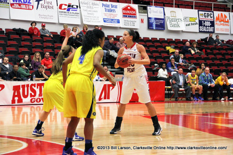 Austin Peay's Meghan Bussabarger scores 22 points and eight-rebounds Monday night. APSU Women's Basketball.