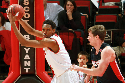 Austin Peay Men's Basketball. (Courtesy: Brittney Sparn/APSU Sports Information)