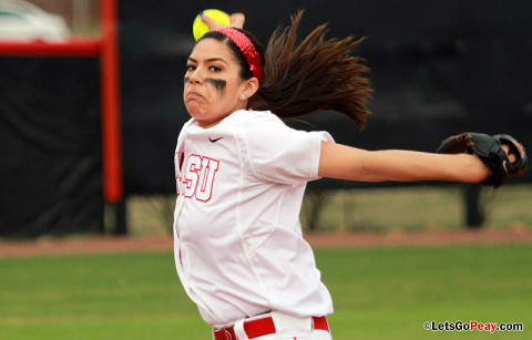 APSU's Lauren de Castro pitches shutout against East Tennessee. Austin Peay Women's Softball. (Courtesy: Brittney Sparn/APSU Sports Information)