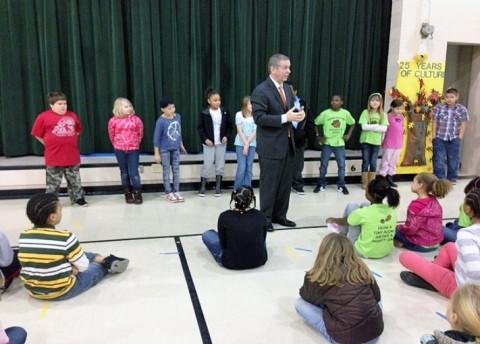 State Representative Joe Pitts speaking to 4th graders at Minglewood Elementary School.
